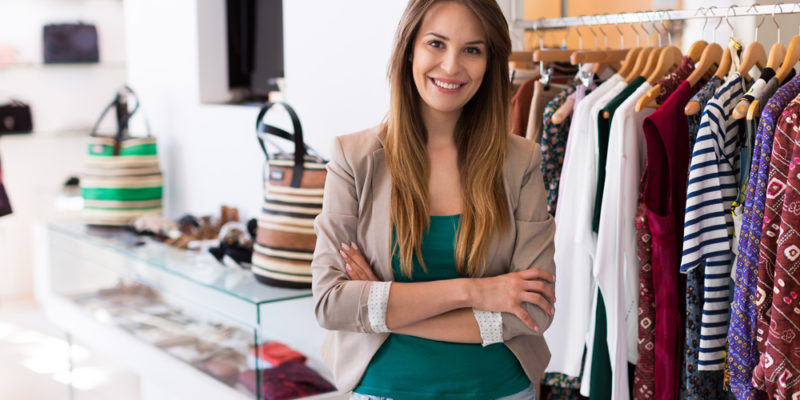 Как найти поставщика одежды для магазина